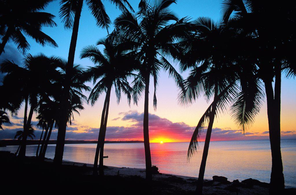 Plages Lifou - coucher du soleil Nouvelle-Calédonie -