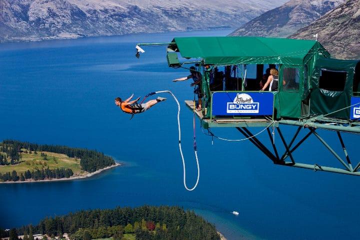 saut hauteur - bungy jumping - queenstown - nouvelle zelande