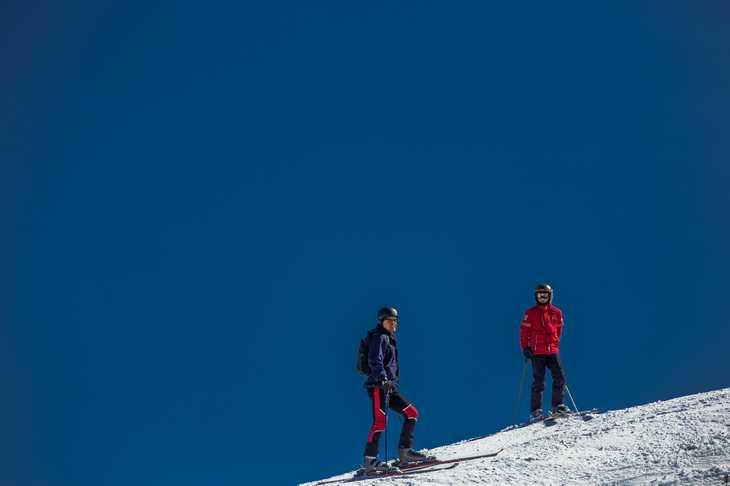 Station de ski - moniteur de ski - PVT au Canada - WHV au Canada - Jobs insolites en PVT